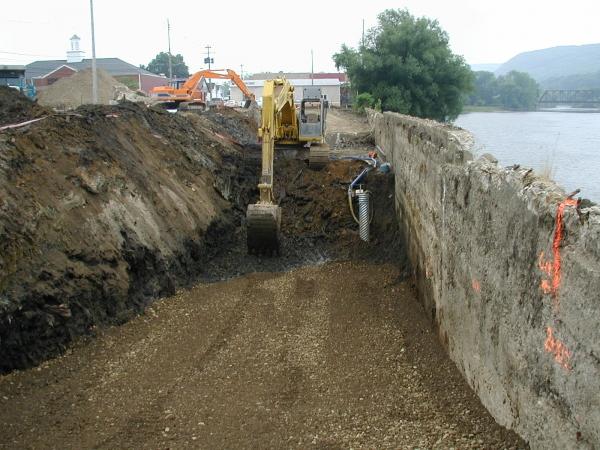 Warren Retaining Wall Waterfront Bulkhead EngineeringRetaining